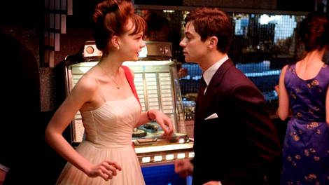 Image of Carey Mulligan and Dominic Cooper in An Education