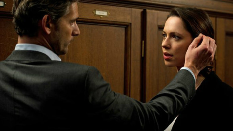 Image of Rebecca Hall and Eric Bana star in Closed Circuit